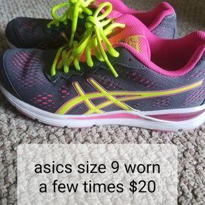 Asics size 9